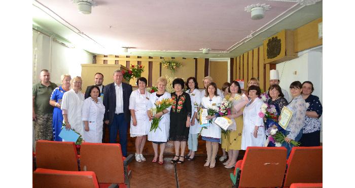 У Корецькій громаді з професійним святом вітали медиків