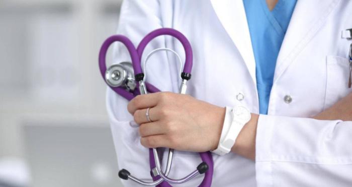 Повідомили про відпустки сімейних лікарів: до кого звертатися старовижівчанам