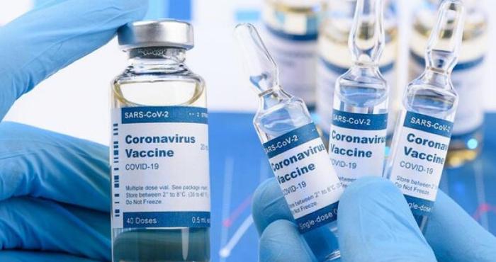 В Україні мають хочуть дозволити змішувати різні види вакцин