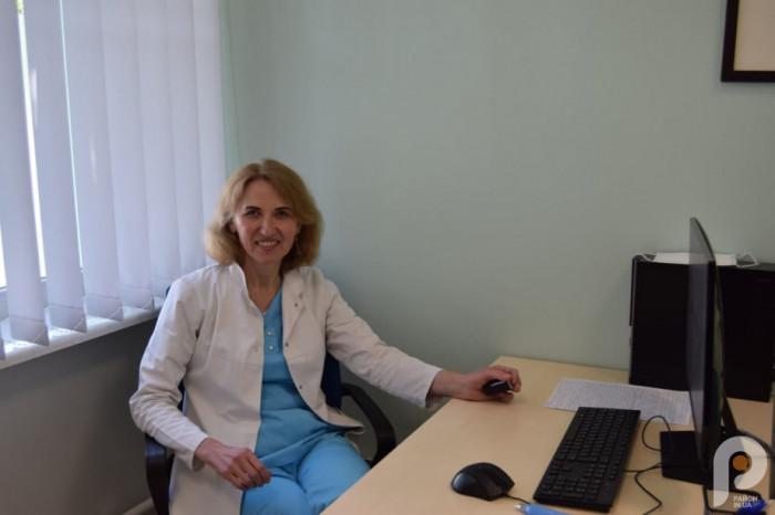 Неврологиня Інна Омельчук
