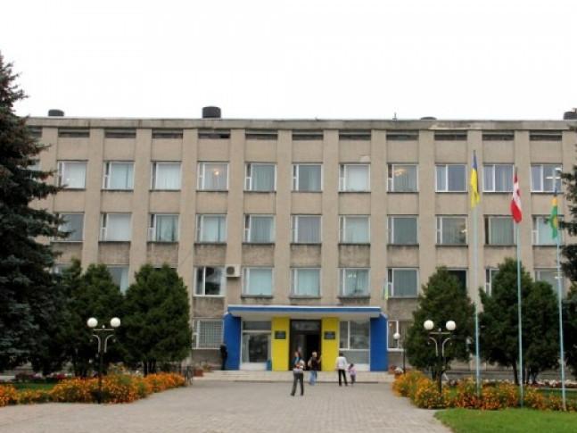 Адмінприміщення Любешівської районної ради