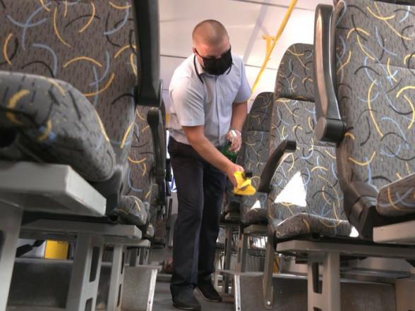 Якїздять шкільні автобуси в умовах карантину: досвід Боратинської ОТГ