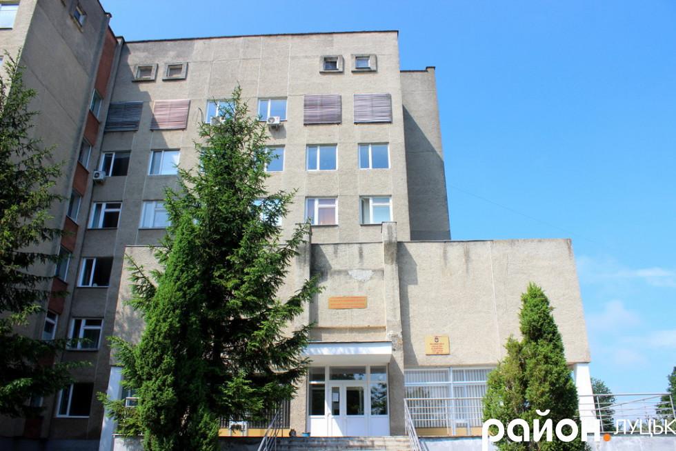 Другий корпус Волинської обласної лікарні в Боголюбах