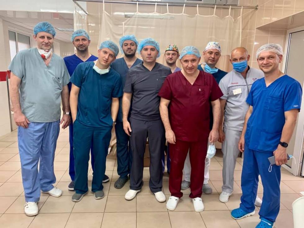 Команда, яка пересадила 2 нирки і серце